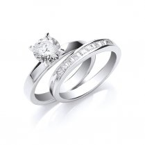 Set of Two Rings Set With Cubic Zirconia Stones