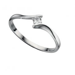 Silver Twist Ring With A Princess Cut Cubic Zirconia